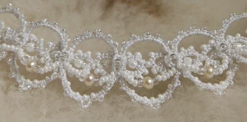 Ожерелье и серьги под белое свадебное платье - авторская бижутерия - кружево ручной работы - фото