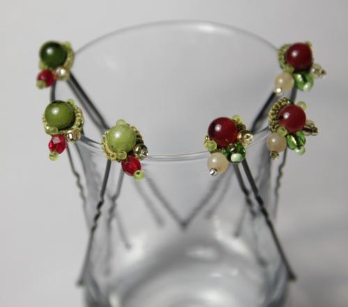 Браслет, серьги, шпильки - набор украшений ручной работы из бисера и бусин - фото и работа Дарины Никоновой