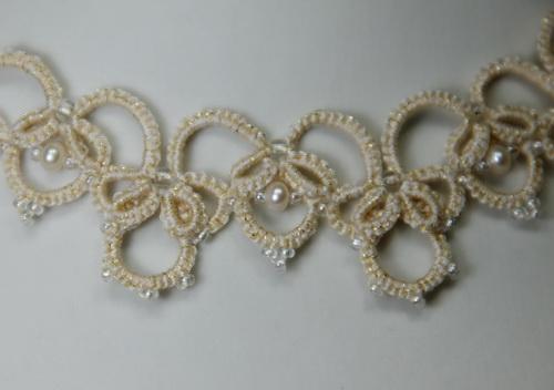 Нежное, воздушное, элегантное, женственное украшения на свадьбу для невесты из кружева ручной работы, бисера и жемчуга