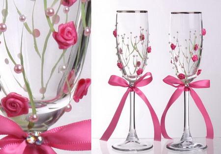 Оформление свадебных бокалов розой из лент